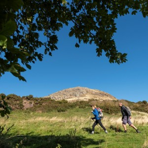 S10 North Berwick Law base walkers