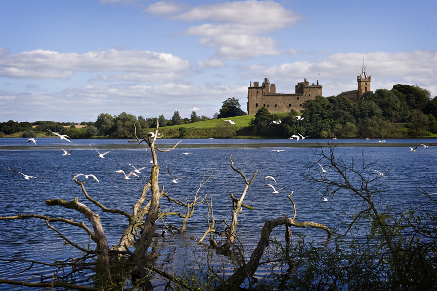 S5 Linlithgow loch