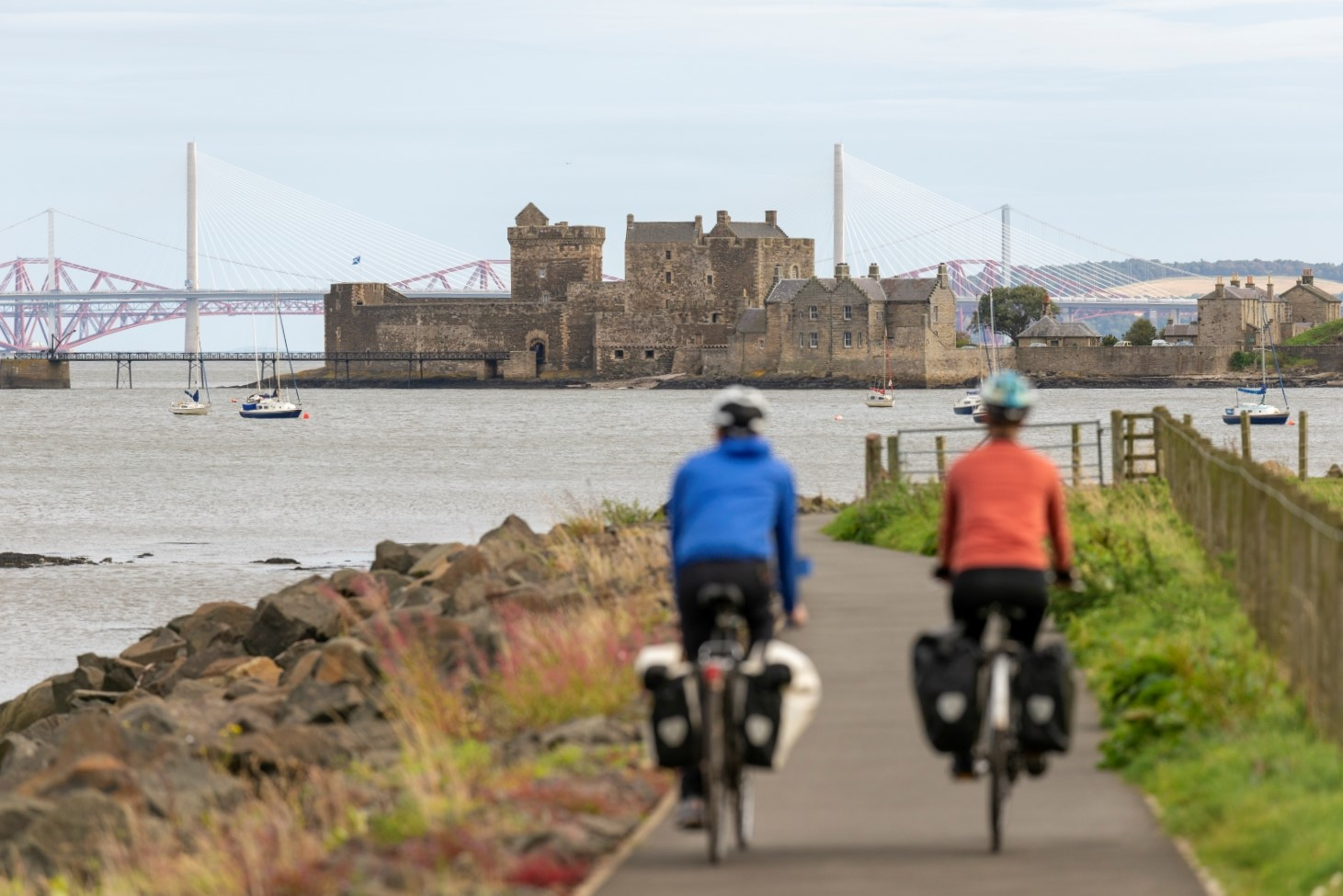 S6 Blackness Castle cyclists